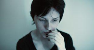 Attacchi di panico: consigli per affrontarli sul momento